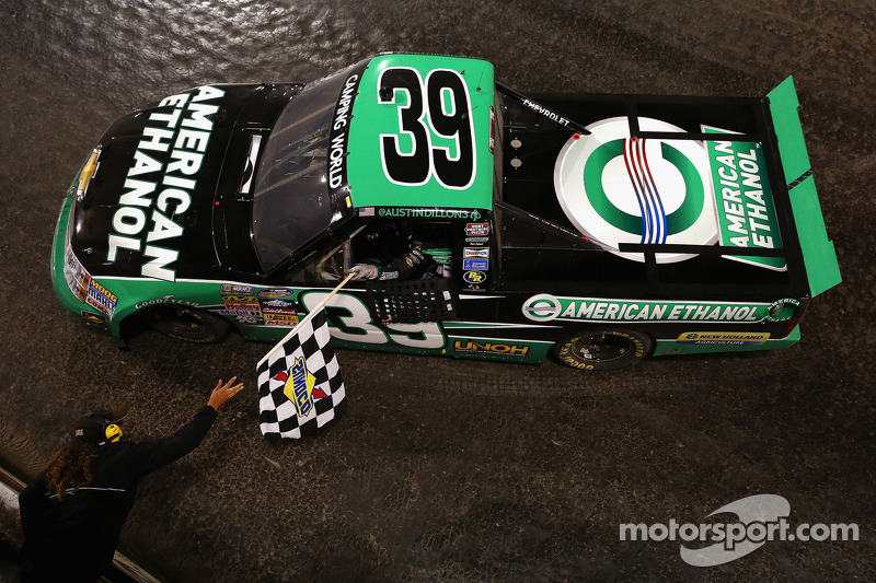NASCAR Hall of Fame unveils Dillon's truck from historic Eldora win