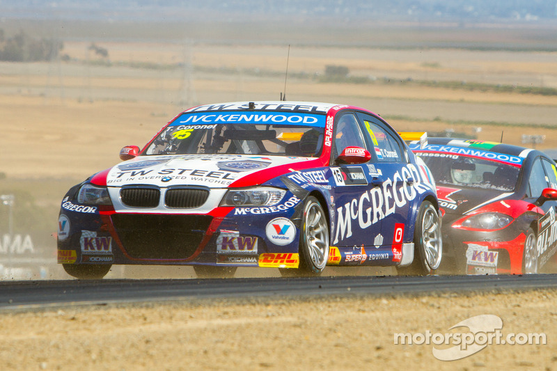 A strong recovery by Tom Coronel in races at Sonoma - video