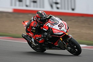 World Superbike Qualifying report Guintoli is fastest in Friday qualifying at Istanbul