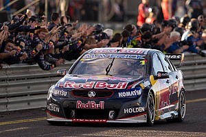 Supercars Practice report Whincup sends clear message at Bathurst 1000