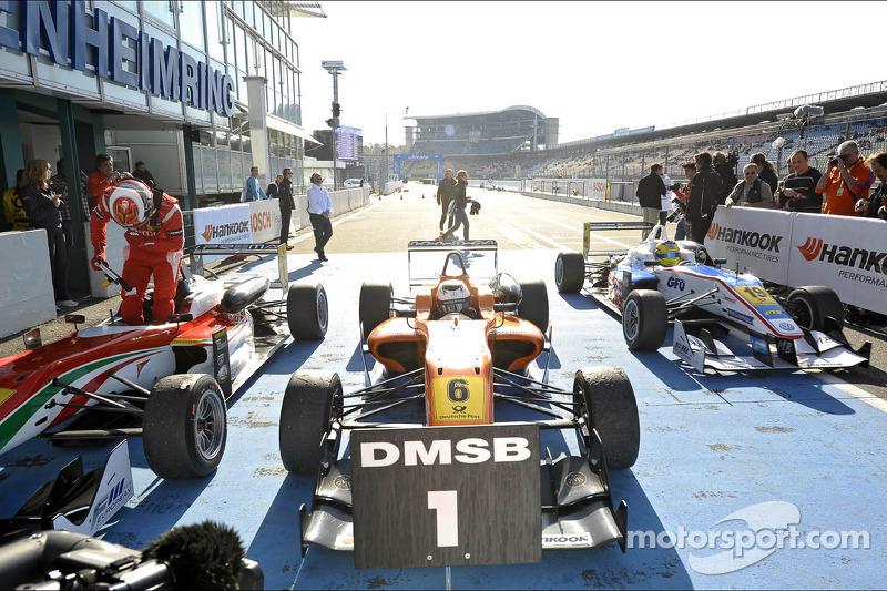 Felix Rosenqvist wins race 1 at Hockenheim