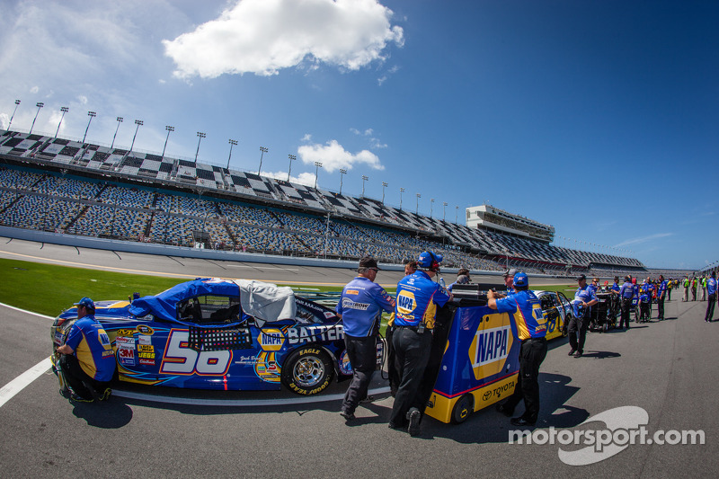 A tip of the racing hat to NASCAR for new qualifying procedure