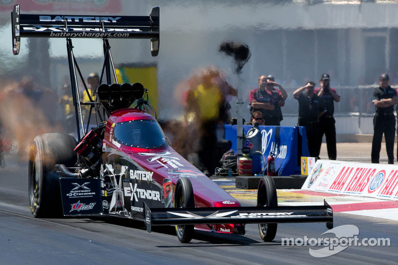 Massey off to a quick start at NHRA season opener at Pomona with No. 5 qualifying spot