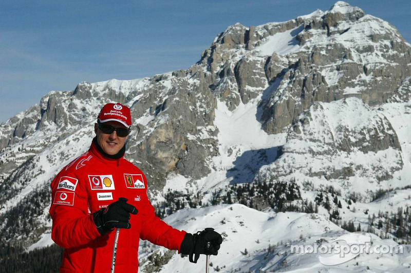 Ecclestone tips Schumacher to 'wake up'