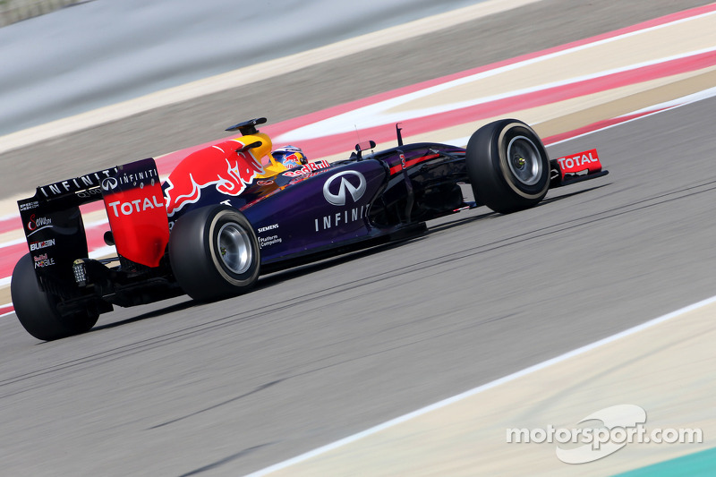 Red Bull has difficulties on today's afternoon at the Bahrain International Circuit