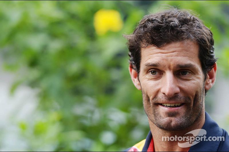 Webber still in paddock after F1 retirement