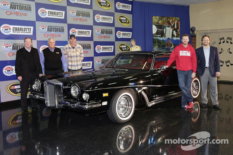 Dale earnhardt jr drives iconic elvis car ahead of autofair for Hendrick motors used cars