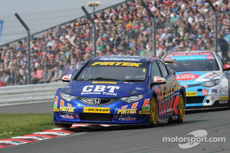 Local lights lead the way in the BTCC