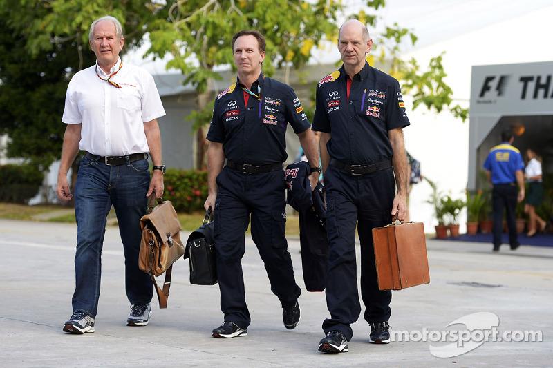 Mercedes' Lauda also made Newey offer - Marko
