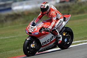 MotoGP Practice report Dovizioso 10th, Crutchlow 13th in first free practice at TT Assen
