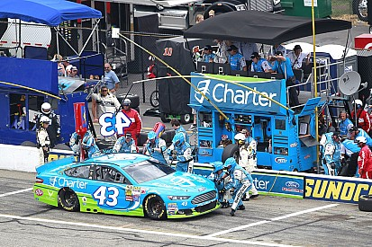 Richard Petty Motorsports enhances No. 43 pit crew before the Chase