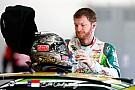 Steering wheel malfunctions for Dale Earnhardt Jr. in practice