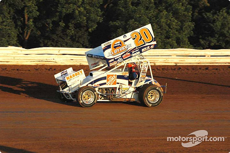 Blaney takes $15,000 Renegade sprint car win, Lasoski second