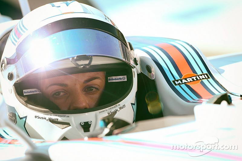 Susie Wolff to extend Williams deal
