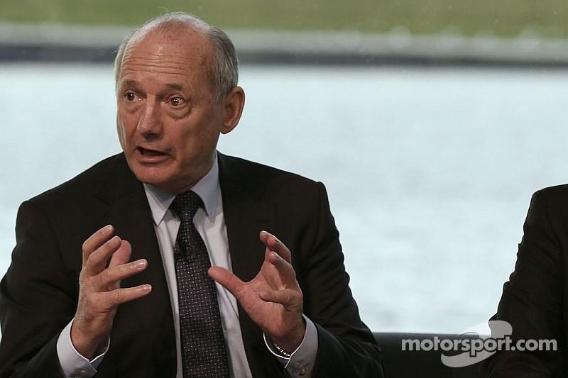 Berger tips Dennis to keep top McLaren job