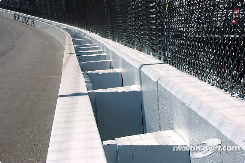 Drivers lobby for additional SAFER barriers following Kyle Busch injury