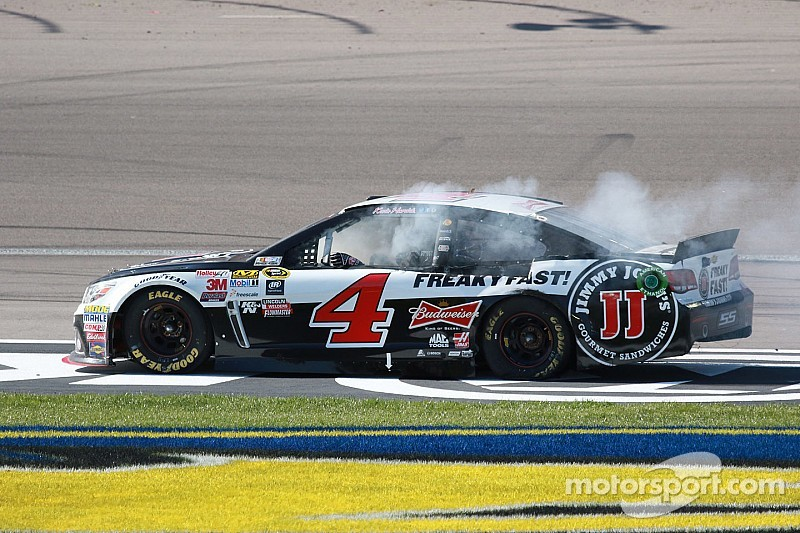 Harvick heads to top track poised to extend streak of dominance