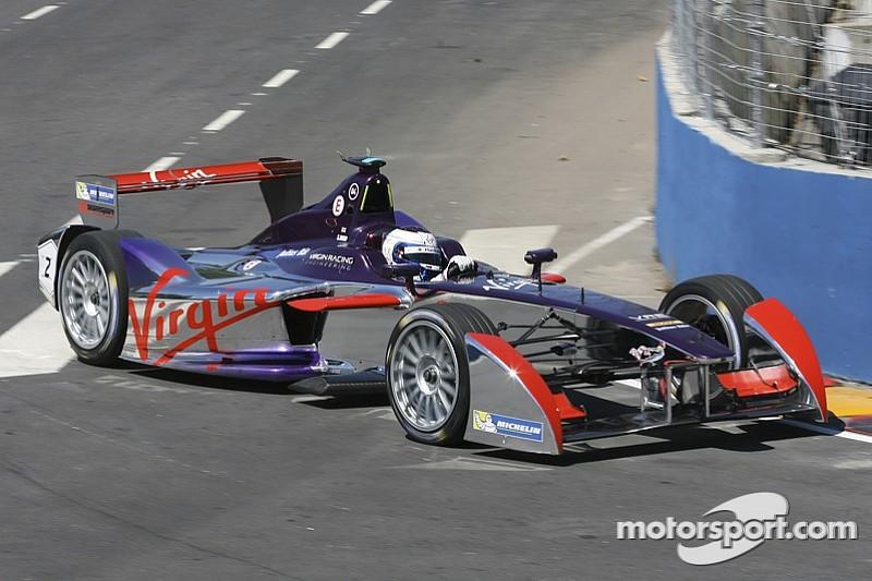 В Формула Е хочет полностью поменять технику к 2018 году