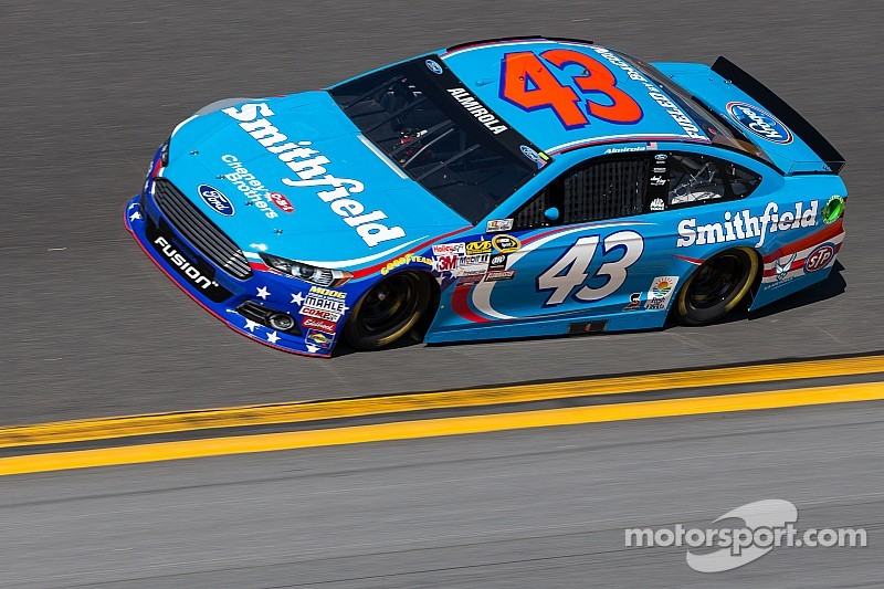 Early contact in practice sends Almirola to the garage