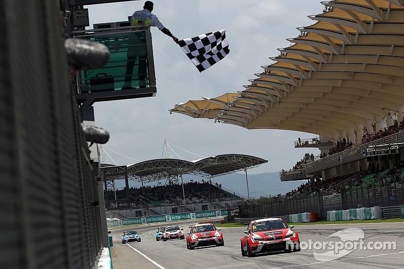 Хорди Жене стал победителем второй гонки TCR на Сепанге