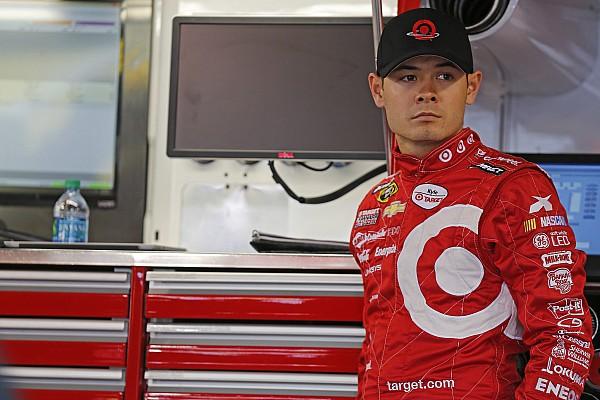 Larson tiene el alta para correr en Texas Motor Speedway