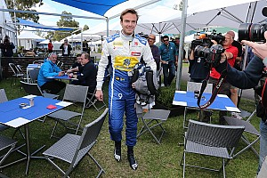 Formula 1 Breaking news Van der Garde: Sauber contract saga should