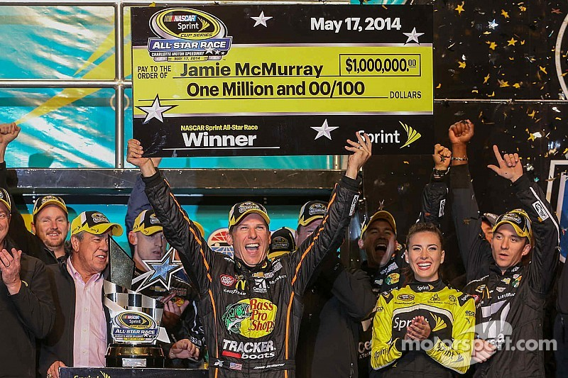 NASCAR increases distance and eligibility for the 2015 Sprint All-Star Race
