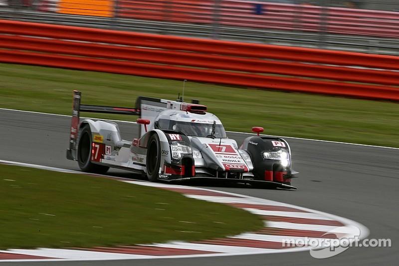 Экипаж Audi в упорной борьбе выиграл в Сильверстоуне