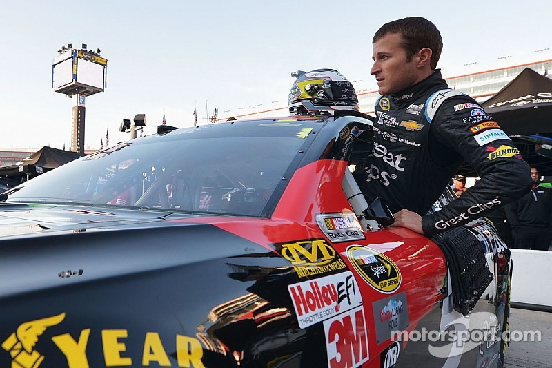 Kahne hopes to continue winning ways in NASCAR Trucks return