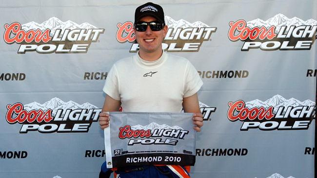 Kyle Busch mette tutti in fila nelle prove a Richmond