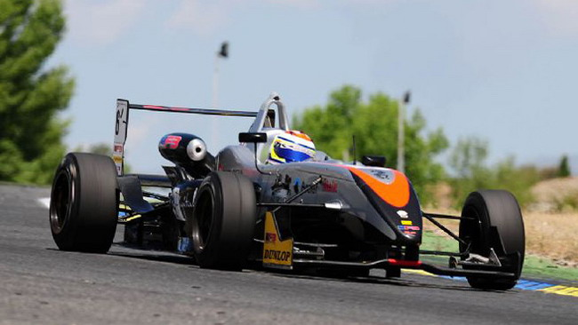 Fumanelli conquista la pole position a Spa