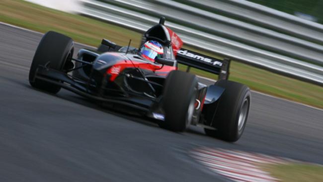 Grosjean conquista anche la pole position