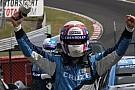 Yvan Muller porta la Chevy alla vittoria a Brands Hatch