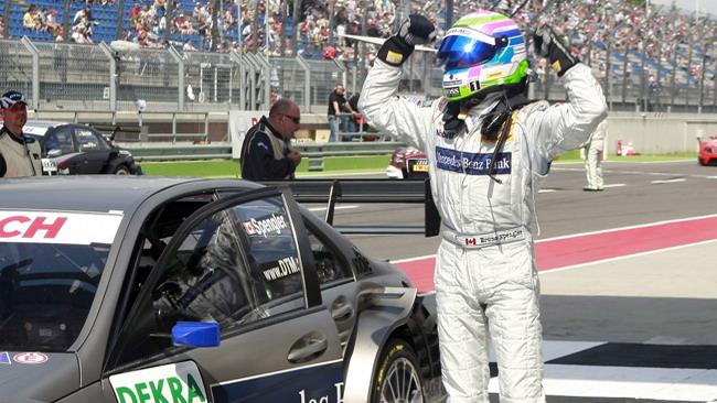 Spengler guida la tripletta della Mercedes
