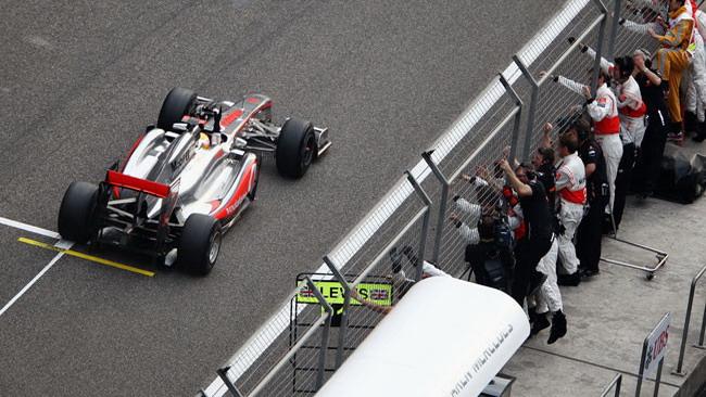 Hamilton rompe la supremazia della Red Bull