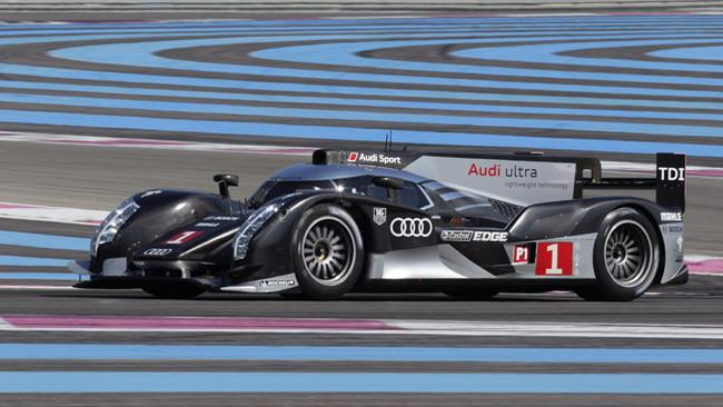 La leggerezza è il concetto chiave dell'Audi R18