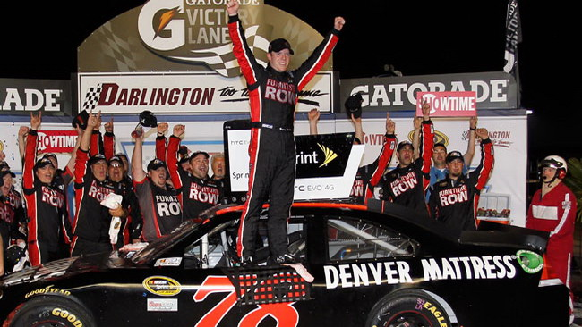 Prima vittoria per Regan Smith a Darlington