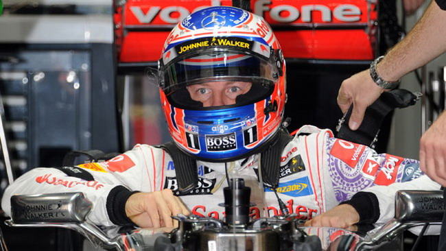 Jenson Button si lamenta del traffico