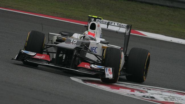 Sergio Perez rallentato da problemi ai freni