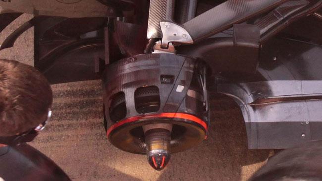 La McLaren ha un segreto per scaldare le gomme!