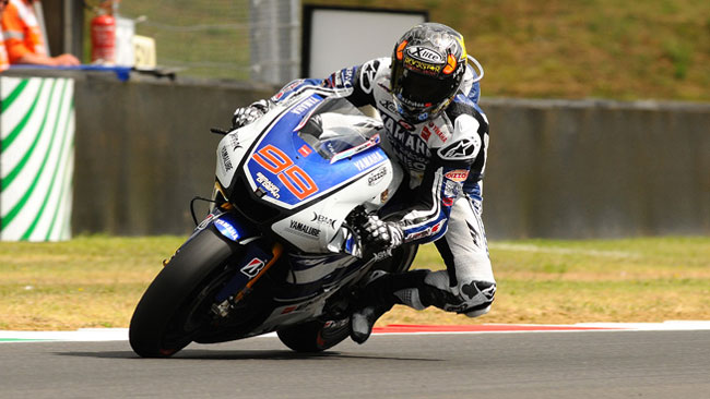 Mugello, Warm Up: Lorenzo prova a scappare via