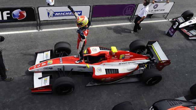 Frijns si prende la pole per gara 1 a Budapest