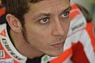 Valentino sulla Yamaha a Valencia solo martedì