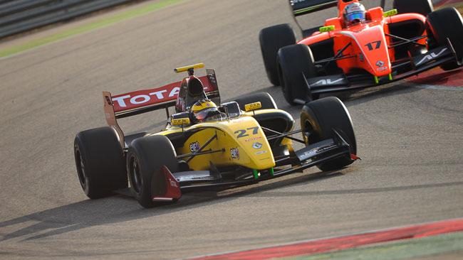 Aragon, Day 1: Magnussen precede Agostini