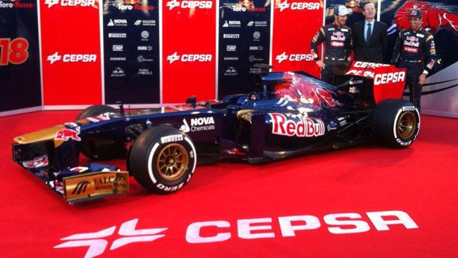 La Toro Rosso svela le forme della STR8 a Jerez