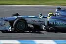 Jerez, Day 1, Ore 10: Rosberg al top, McLaren ferma