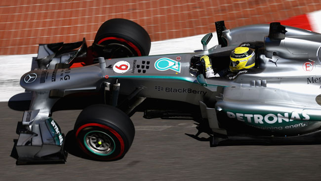 Rosberg rimane prudente sul passo della Mercedes
