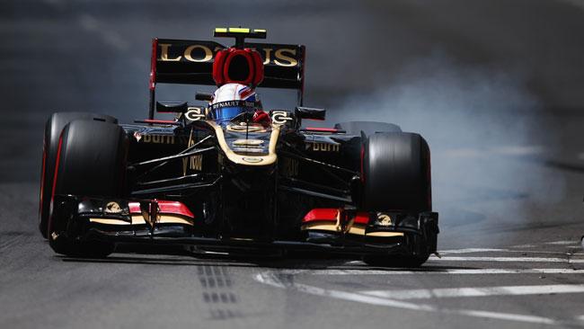 Grosjean penalizzato, reprimenda per Raikkonen