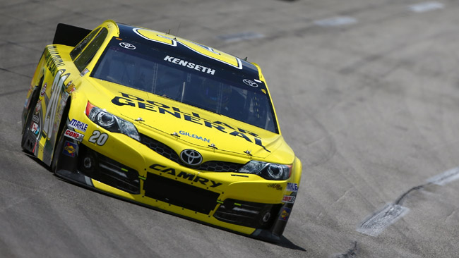 Johnson domina, ma alla fine vince Kenseth