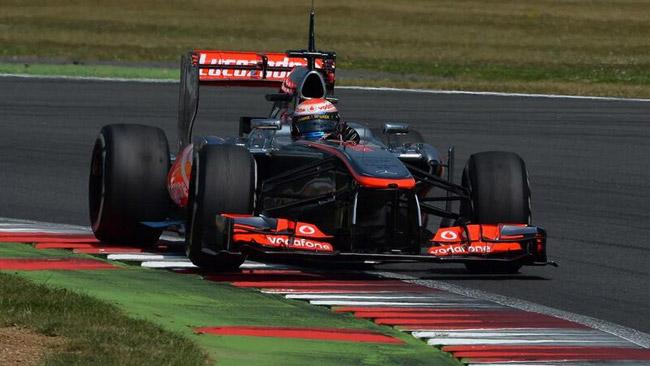 Silverstone, Day 1: Magnussen e la McLaren al top